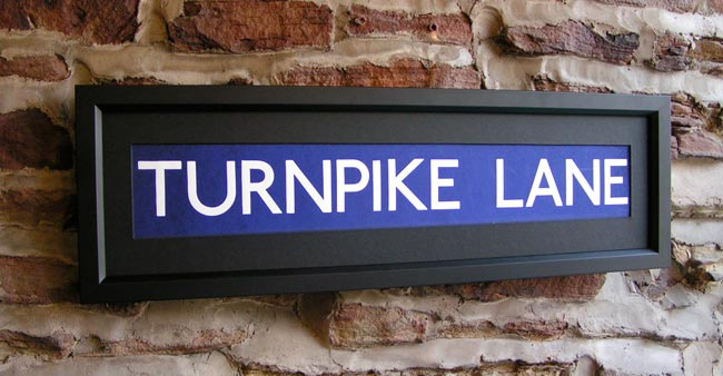 temporary station signs medium underground tube and. Black Bedroom Furniture Sets. Home Design Ideas