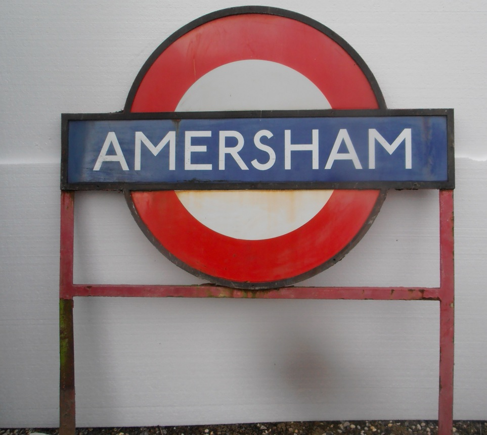 Amersham Ground Mounted Roundel
